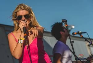 20160615_CountryJam_ElizabethLyons_Performance_Timmermans_0085
