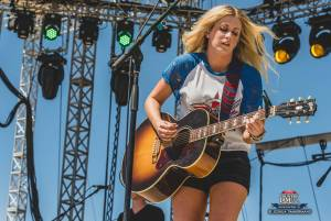20160616_CountryJam_StephanieQuayle_Performance_Timmermans_0072