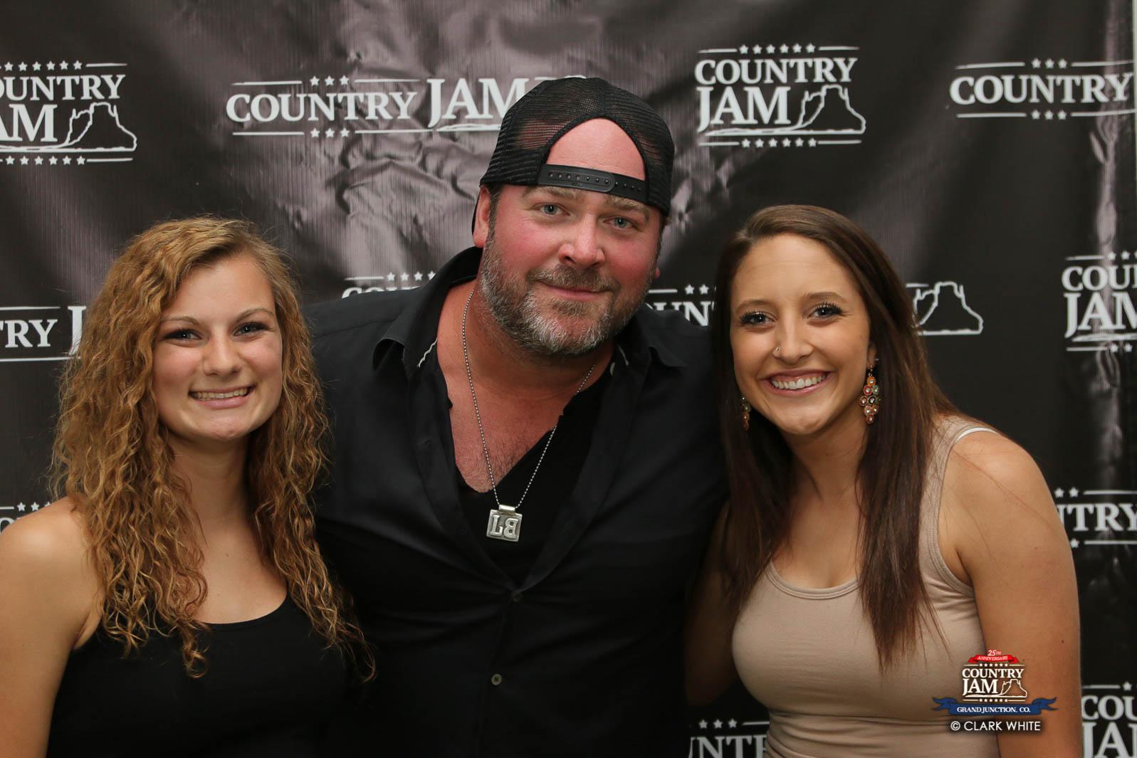Lee Brice Meet Greet Photos At Country Jam 2016 Country Jam