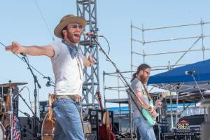 06.17.2016_CJ_Performance_Drake White_CJohnson-127