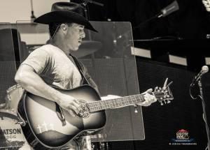 20160619_CountryJam_AaronWatson_Performance_Timmermans_0167