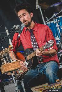 20160603_MountainJam_TheSuitcaseJunket_Performance_Timmermans_0021