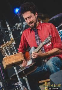 20160603_MountainJam_TheSuitcaseJunket_Performance_Timmermans_0039
