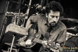 20160603_MountainJam_TheSuitcaseJunket_Performance_Timmermans_0055