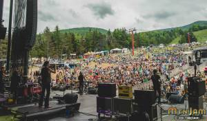 20160603_MountainJam_Nahko_Performance_Timmermans_0478