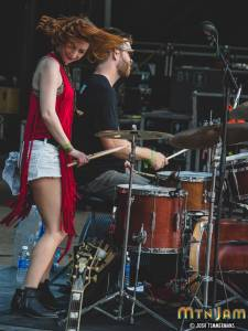 20160604_MountainJam_SisterSparrow_Performance_Timmermans_0519