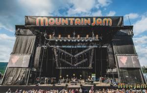 20160603_MountainJam_JasonIsbell_Performance_Timmermans_0785