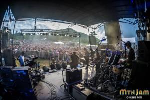 6-4-16_MtnJM_Lettuce_Valleystage_PhiercePhoto-_PRC7121