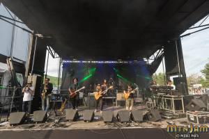 6-4-16_MtnJM_Lettuce_Valleystage_PhiercePhoto-_PRC7140