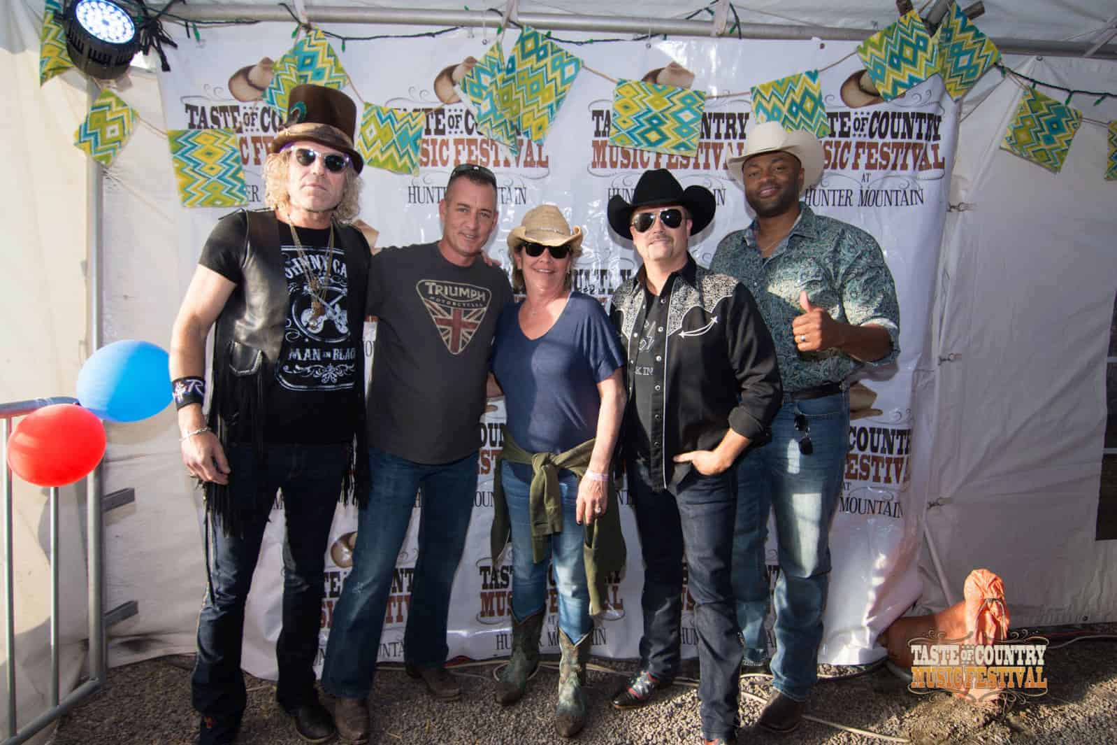 Photos meet and greet with big rich taste of country meet and greet photos with big rich at taste of country music festival 2016 m4hsunfo