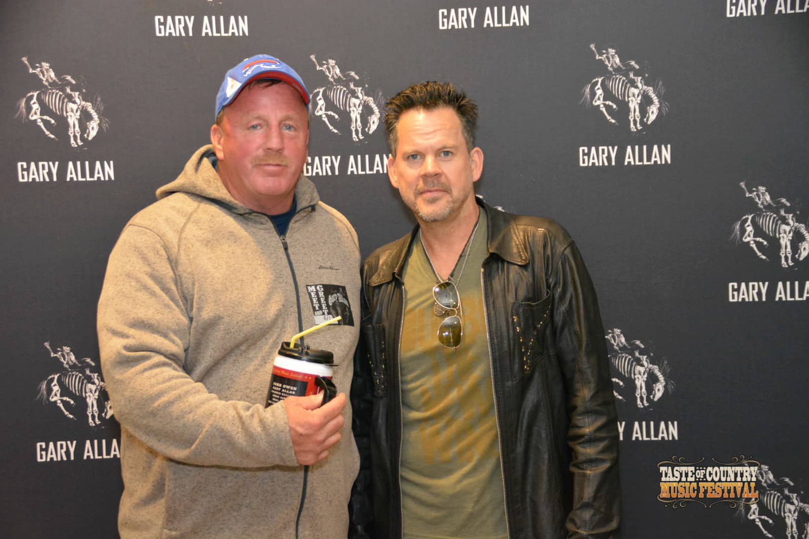 Photos Meet And Greet With Gary Allan Taste Of Country