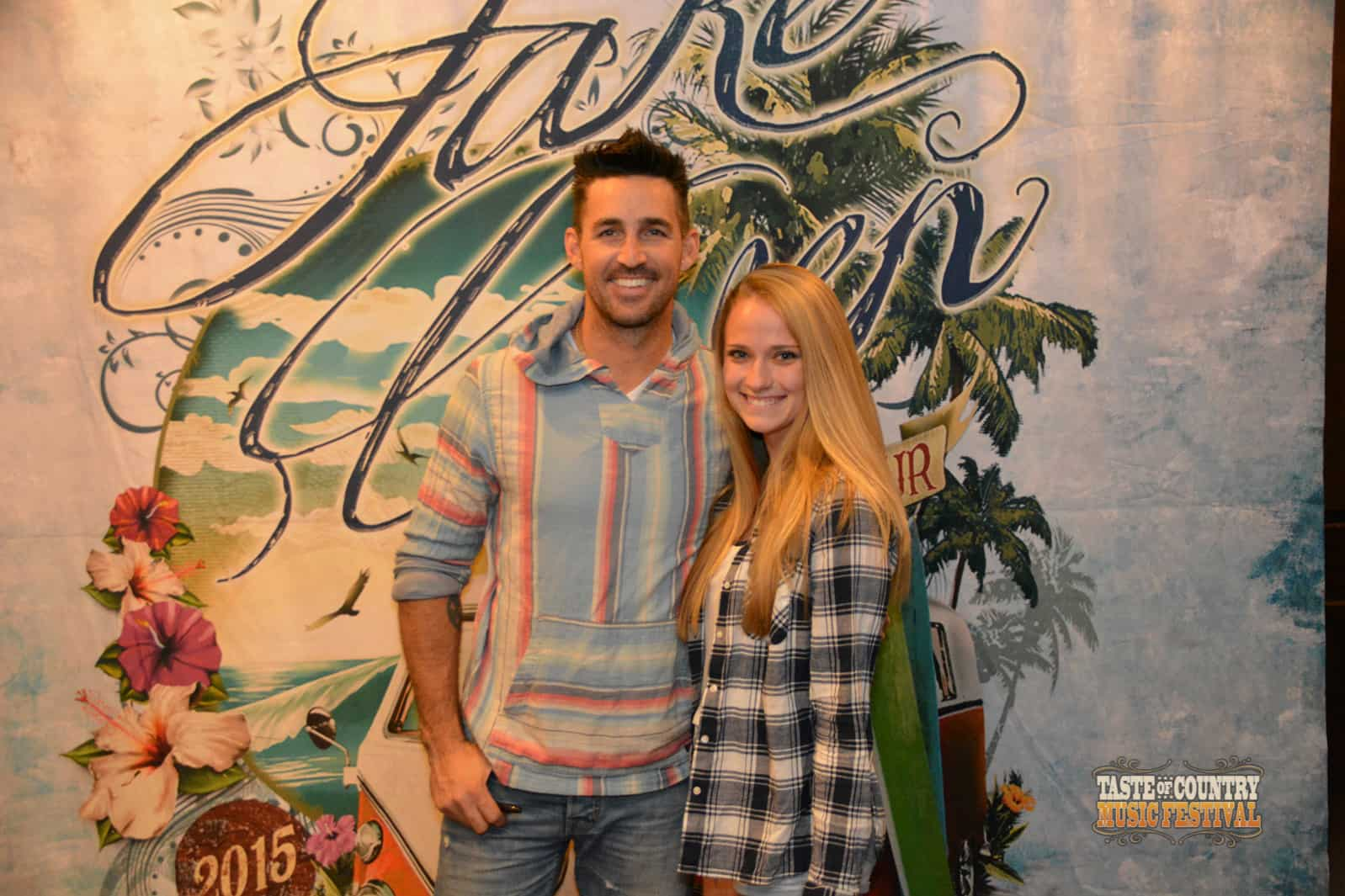 Photos meet and greet with jake owen taste of country meet and greet with jake owen at taste of country music festival 2016 m4hsunfo