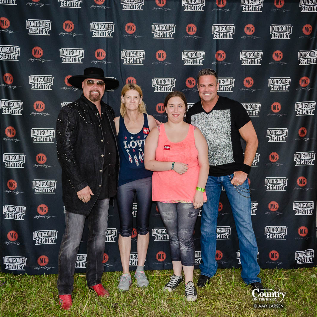 montgomery gentry meet and greet photos